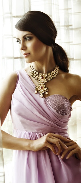 Indian Jewellery light polka necklace