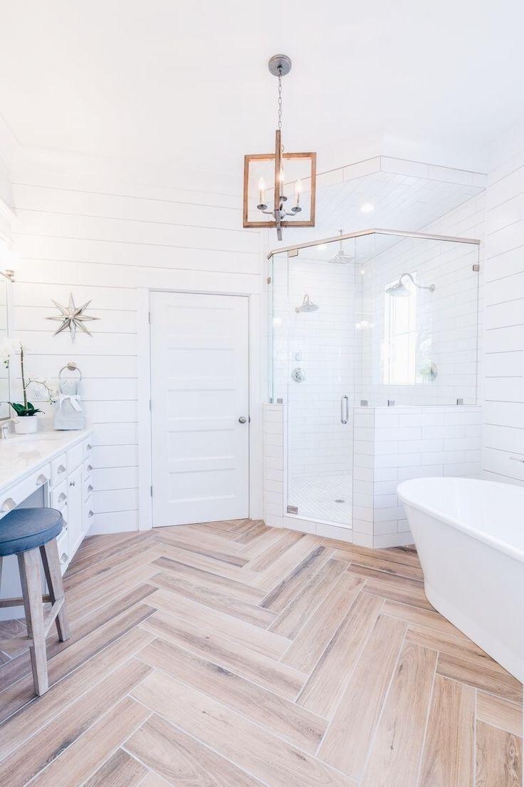 Diese Böden verwandeln ein kleines Badezimmer in ein riesiges Refugium #homedecor #homedesign