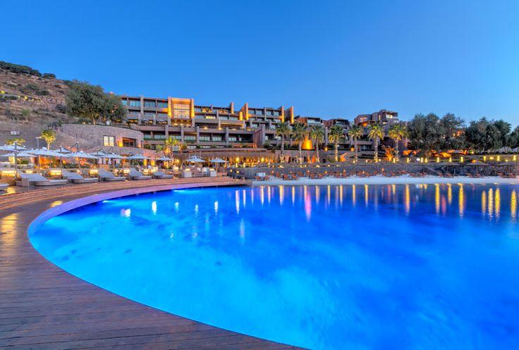 Hôtel Caresse depuis la terrasse principale Caresse, a Luxury Collection Resort & Spa, Bodrum