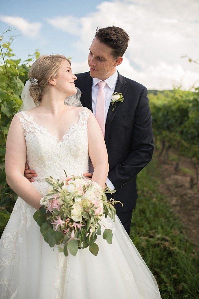 Toronto Wedding Photography, Alisha Lynn Photography - Inn on the Twenty + Cave Springs Winery: Laura + Alex Niagara on the lake Wedding. Beautiful winery wedding photo inspiration!