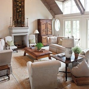 17 best images about cozy elegant living rooms on for Elegant southern home decorating ideas