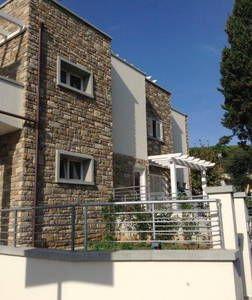 Dai un'occhiata a questo fantastico annuncio su Airbnb: Terrazza del Sole vacanza Toscana - Appartamenti for Rent