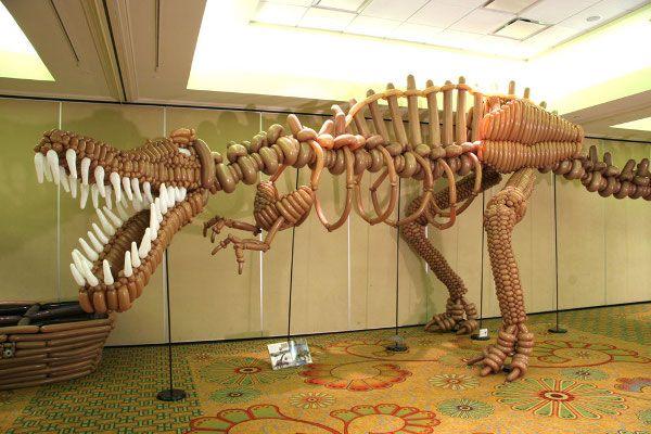 Balloon art T-Rex