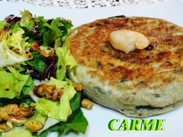 Tortilla de berenjena con langostinos. Ver receta http://www.mis-recetas.org/recetas/show/45785-tortilla-de-berenjena-con-langostinos