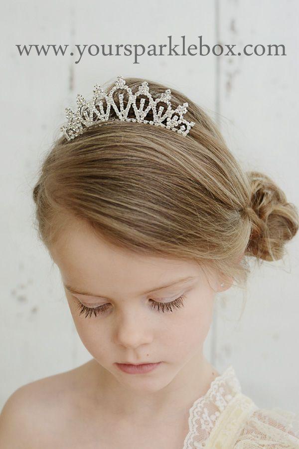 Delightful Rhinestone Tiara Comb Flower Hair Hairstyle Yoursparklebox Charlotte Modeling Pinterest