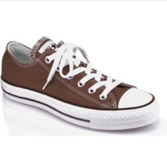 Brown converse Super cute brown converse. A little work on the inside but otherwise in good condition. Price reflects condition. Converse Shoes