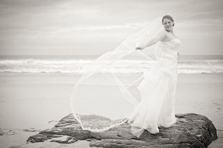 Laura Versfeld Photography: Wedding Memories: Drown the Gown!