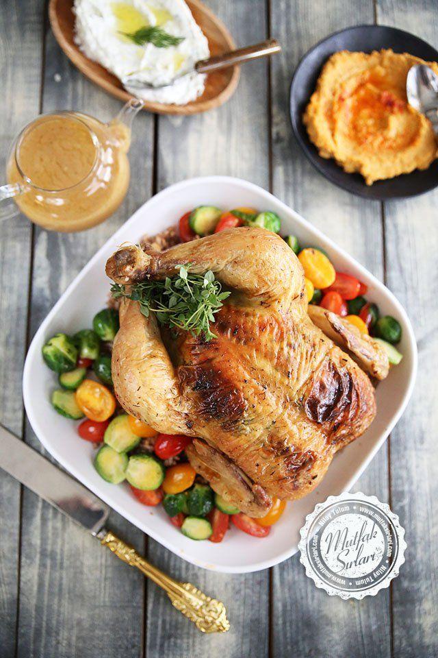 Fırında Tereyağlı Tavuk ve İç Pilavı Nasıl Yapılır? Videolu Tarif