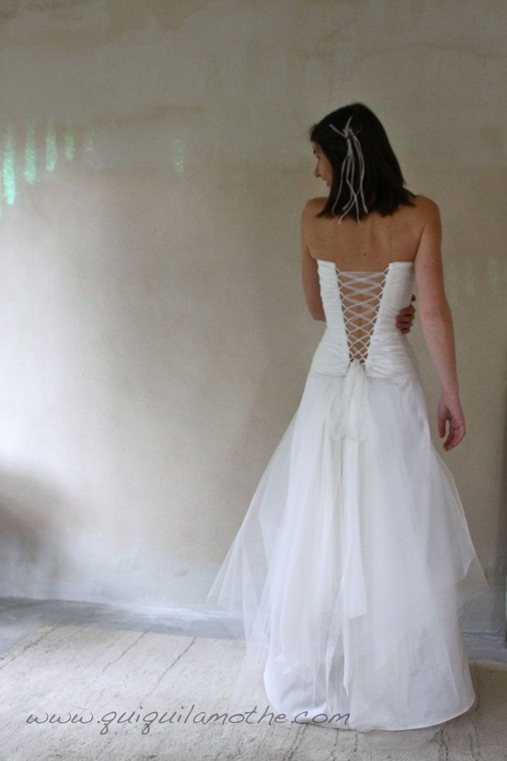 Robe bustier de mariée dos nu fluide.  mariage  Pinterest ...