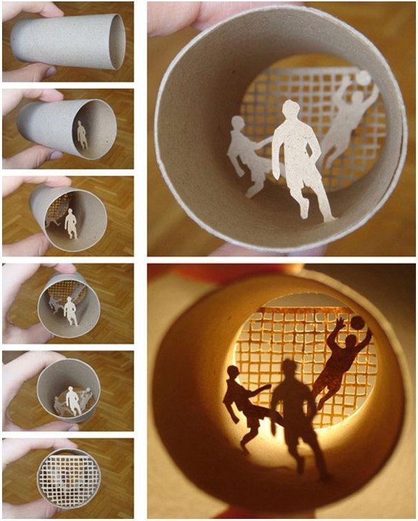 Para Anastasia Elías los cilindros de cartón son un compartimiento ideal para ver a través de ellos escenas de la vida en miniatura. El área de contenido actúa como un espacio de diorama, y ella utiliza la profundidad y la sombra para crear estas escenas entrañables y casi nostálgicas.
