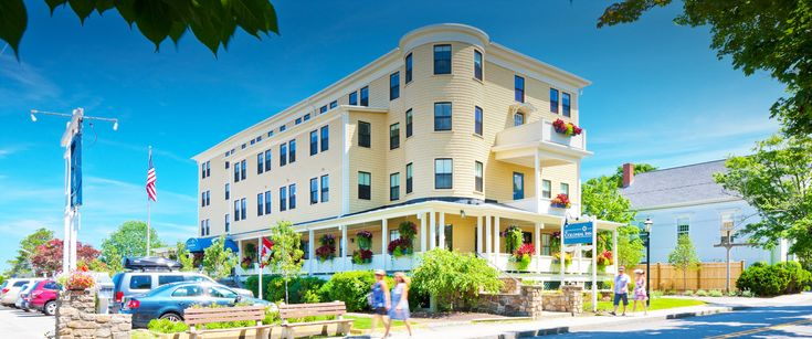 The Colonial Inn | Genuine Maine Hospitality Since 1890 | Long ago, before Ogunquit had a library, a bridge that connected the mainland to the beach, street lamps, or even electricity, there stood The Colonial Inn. Genuine Maine hospitality defines our service philosophy, as friendly and attentive staff caters to every guest's personal needs.