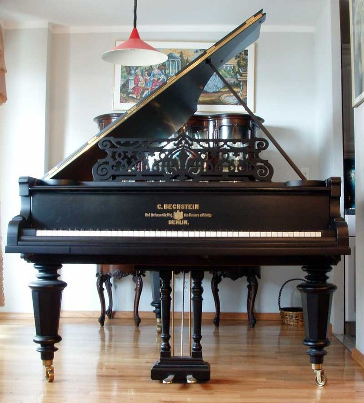 Piano oh to have room for this beauty in my house that for Classic house piano