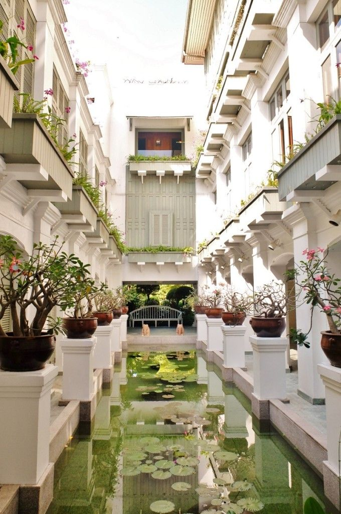 Old World Luxury At The Mandarin Oriental Bangkok - Girl in Florence