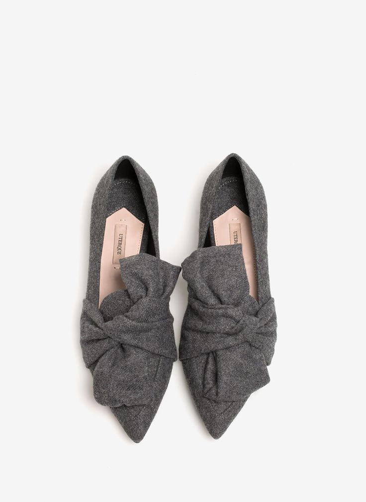 Uterqüe United Kingdom Product Page - Footwear - View all - Ballet flats with knot - 80