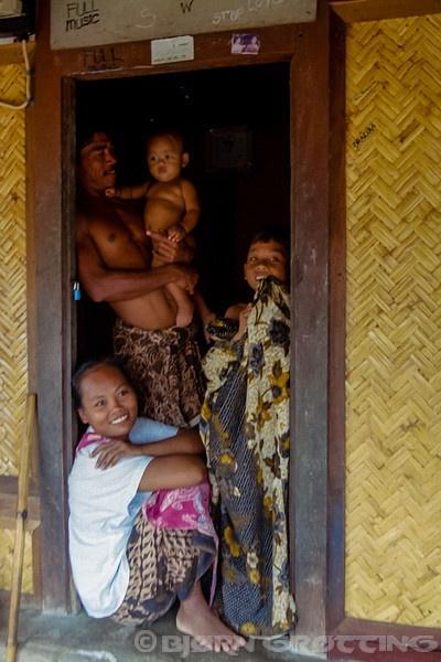 Nusa Tenggara, Lombok, Sade. Sade village. A Sasak family in a traditional Sasak house. (Photo Bjorn Grotting)