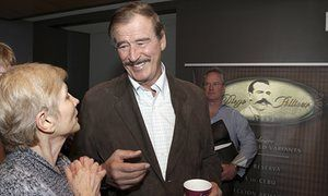 No pay wall: how former Mexican president Vicente Fox uses Twitter to troll Trump | US news | The Guardian