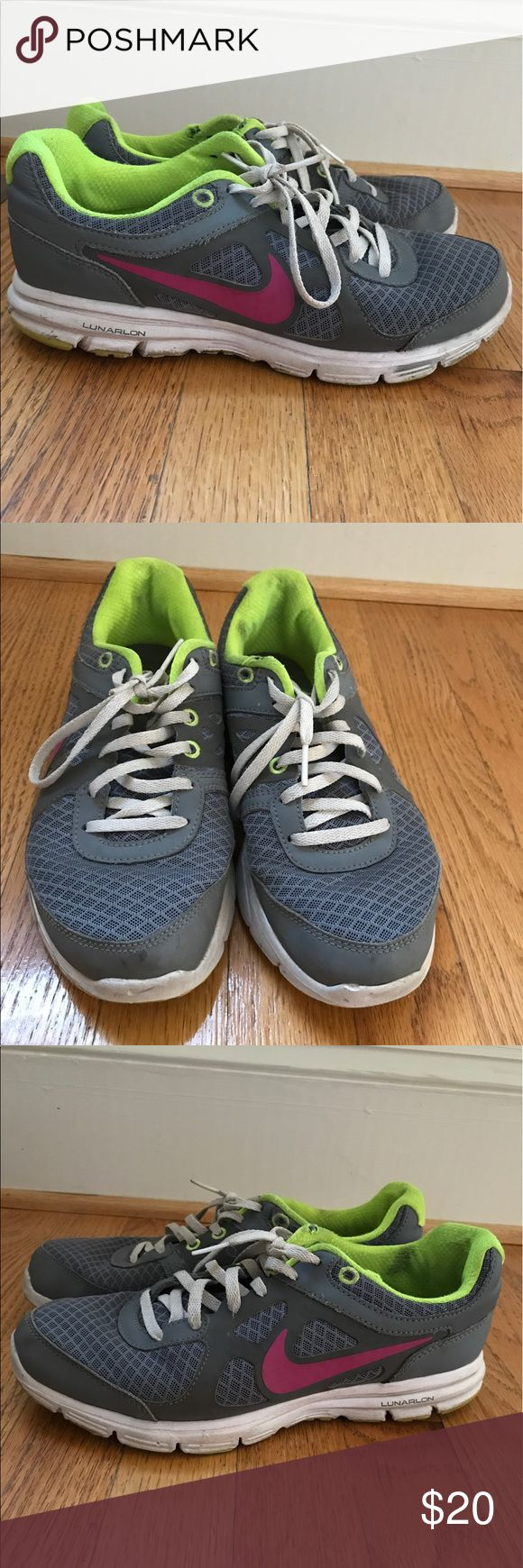 Nike Sneakers Nike lunarlon women's sneakers. Gently used. Size 7.5 Nike Shoes Athletic Shoes