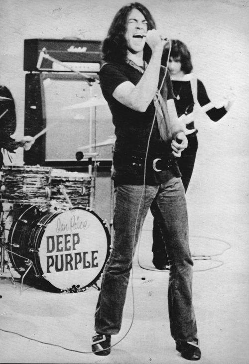 Ian Freaking Gillian! Deep Purple!!
