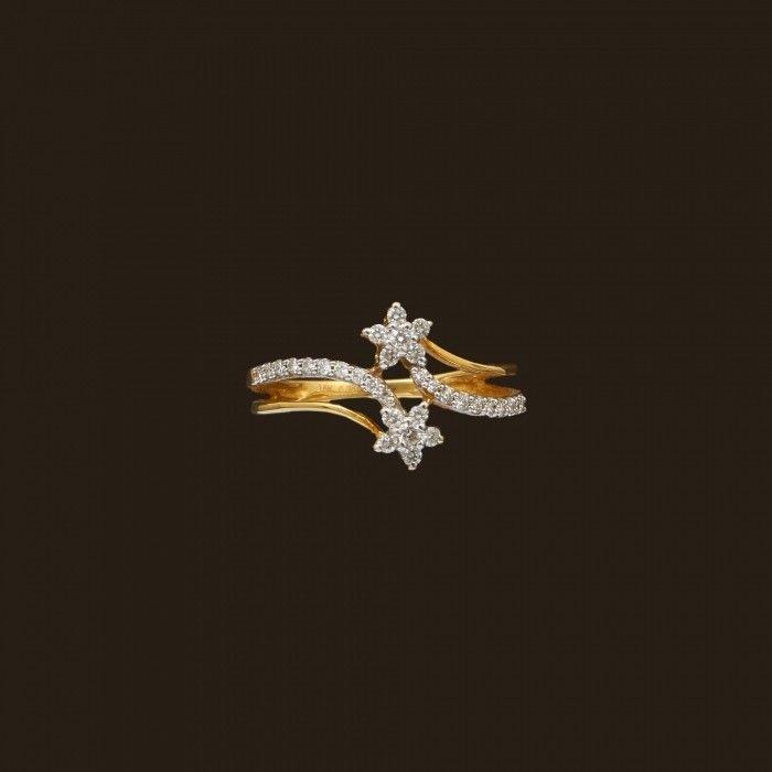 Diamond Flower Ring (138A2954) | Vummidi Bangaru Jewellers