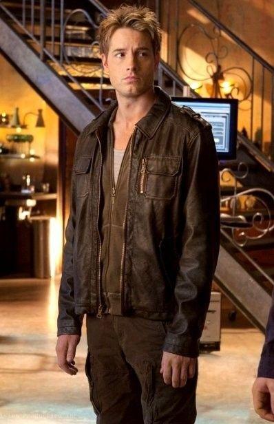 Smallville Season 10 Justin Hartley Oliver Queen Jacket