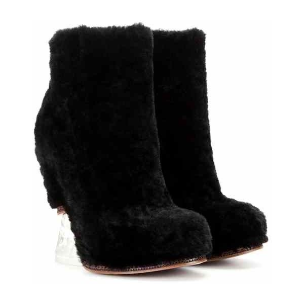 Fendi Fur Wedge Ankle Boots ($991) ❤ liked on Polyvore featuring shoes, boots, ankle booties, black bootie boots, fur boots, black wedge booties, black bootie and wedge ankle booties