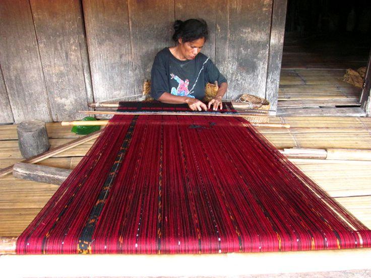 Cotton Ikat weaving, amazing.