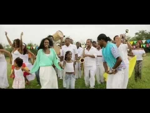 Herencia de timbiquí - Amanece (video oficial) - YouTube