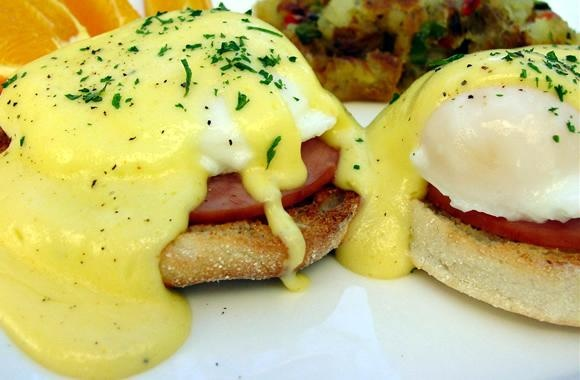 ... Canadian bacon, cooked 8 eggs, poached 1 package Knorr® Hollandaise
