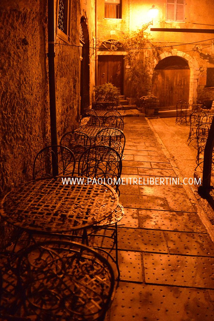 Location fotografiche - FOTOGRAFIA DI MATRIMONIO: REPORTAGE FOTOGIORNALISTICO NARRATIVO