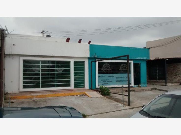 Local comercial $15,000 MX17-DM2664 ubicado en el anillo Periférico Carlos Pellicer Cámara, frente al recinto memorial, en zona de alta afluencia vehicular