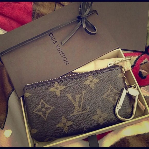 Louis Vuitton key pouch Used only a few times, authentic Louis Vuitton key pouch in great condition Louis Vuitton Accessories Key & Card Holders K: Birthday gift to myself :)
