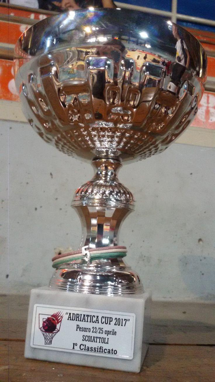 """A volte si vince, a volte si perde, ma i veri campioni sono quelli che sanno """"rialzarsi"""" quando """"cadono""""…     #campioni #vincere #perdere   #amis #amisjewels #braccialetto #cuoio #argento   http://www.amisjewels.it/"""