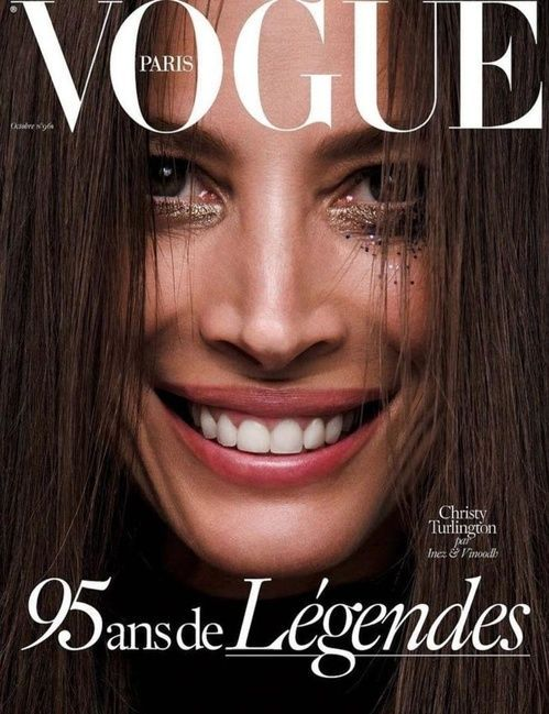 Christy Turlington photographiée par Inez & Vinoodh en couverture du numéro d'octobre 2015 de Vogue Paris