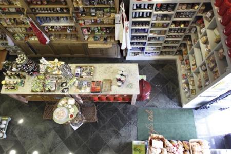 Efi's Deli - Μαγαζιά
