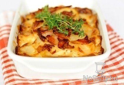 Szalonnás rakott krumpli Petrától: http://www.nosalty.hu/recept/szalonnas-rakott-krumpli