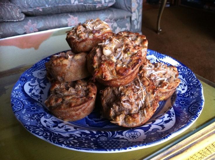 Banana and Apple Macadamia Paleo Muffins  #CarmenEatJoy