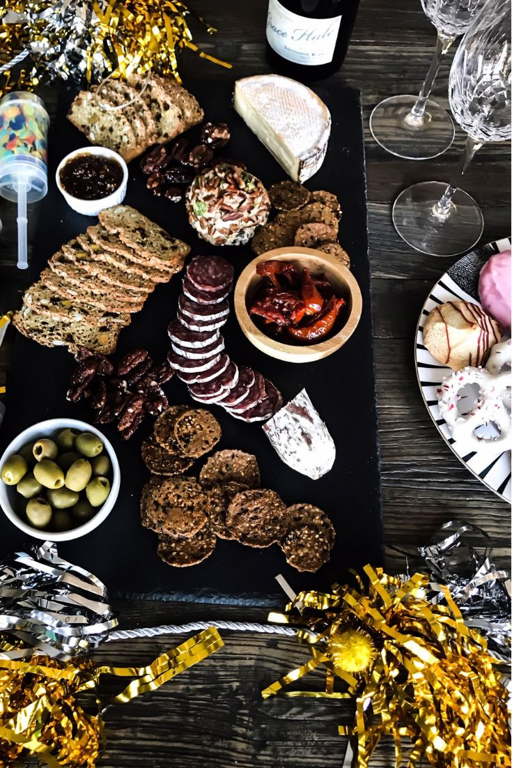 How To Create A Charcuterie Board For A New Year's Eve