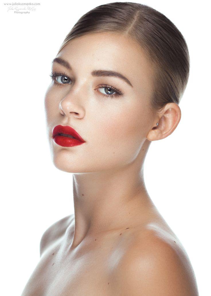 Photograph Dani, Clean Beauty setup from Go Pro: Studio Beauty by Julia Kuzmenko McKim on 500px