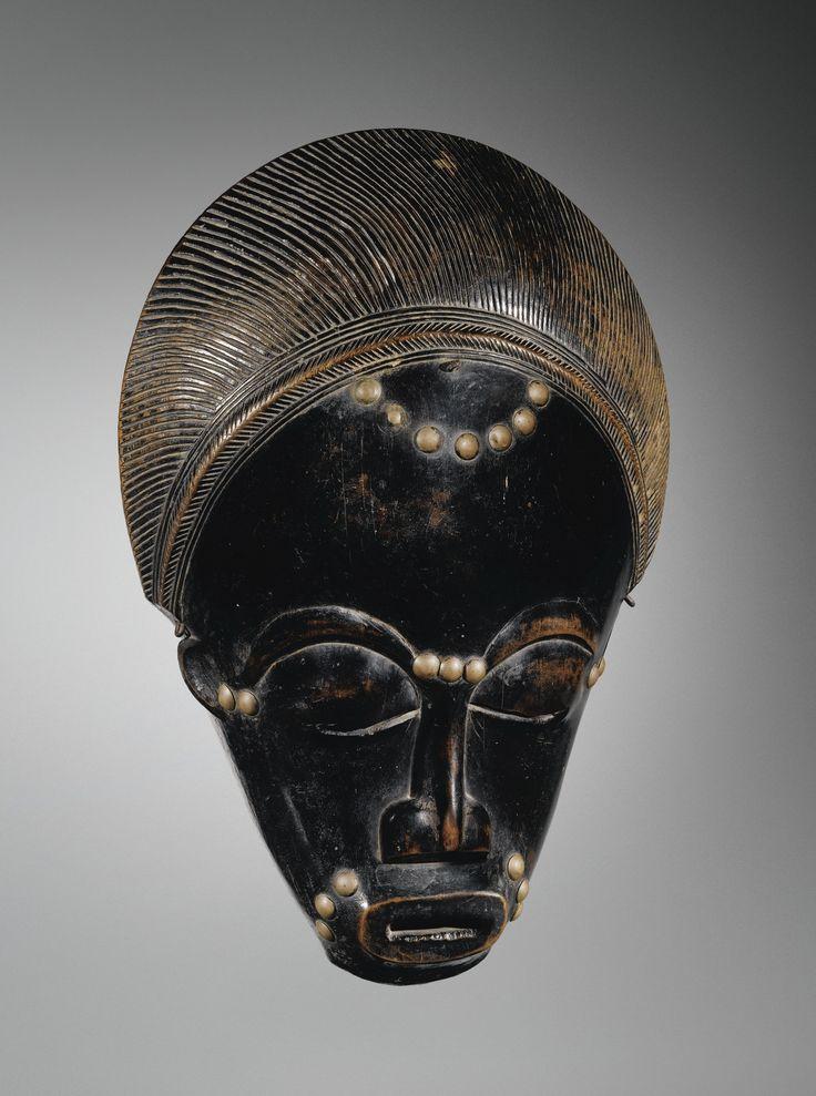 baulé masque ||| mask/headdress ||| sotheby's pf1318lot76whhen BAULE MASK, IVORY COAST Estimate  70,000 — 100,000  EUR  LOT SOLD. 169,500 EUR
