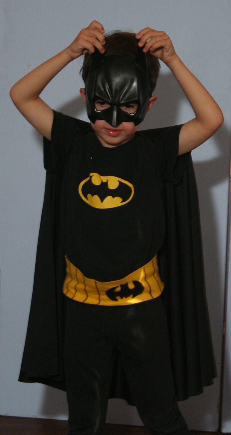 Batman costume on kid o info