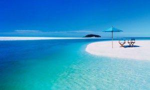クリアブルーの海が広がる世界の美しいビーチ特集