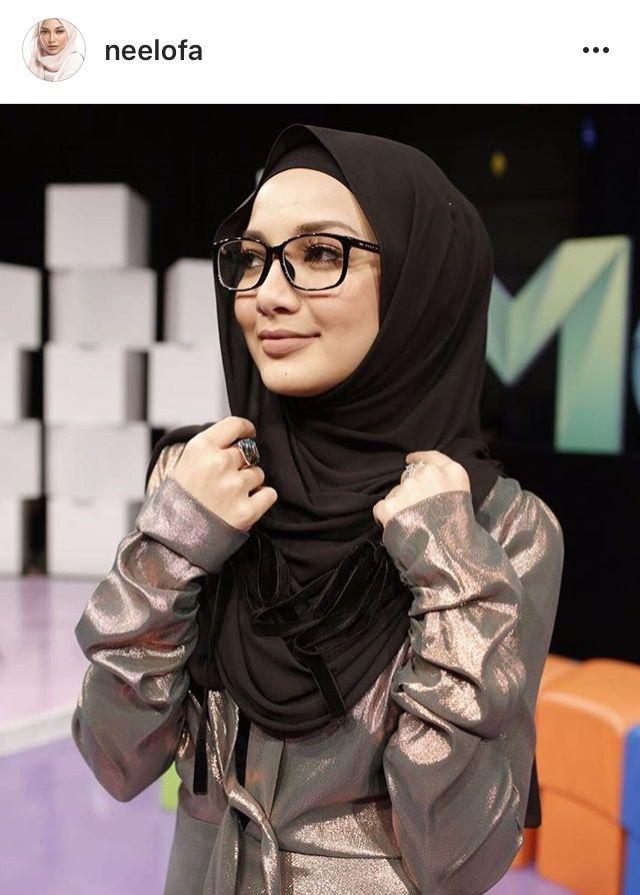 Hijabi eyeware  #neelofa IG