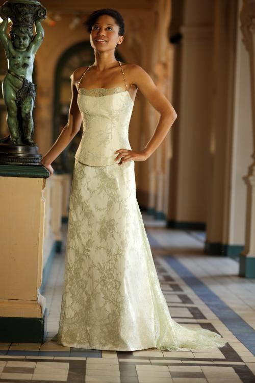 21 best les robes de mari es champ tres de z lia images on pinterest dress dresses and lace. Black Bedroom Furniture Sets. Home Design Ideas
