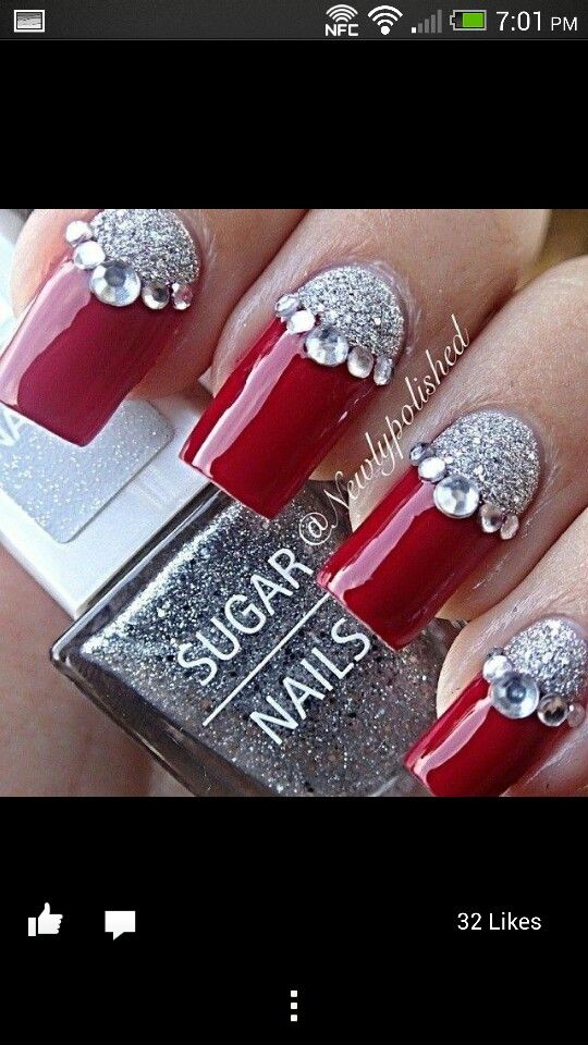I would absolutely do these nails for Christmas Holiday! | Festive nail art ideas | unas