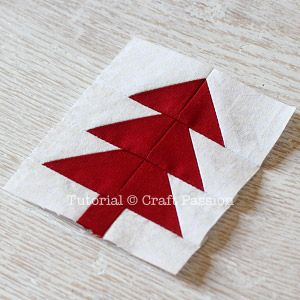 Easy tree quilt block.  Gotta love anything that is described as easy.