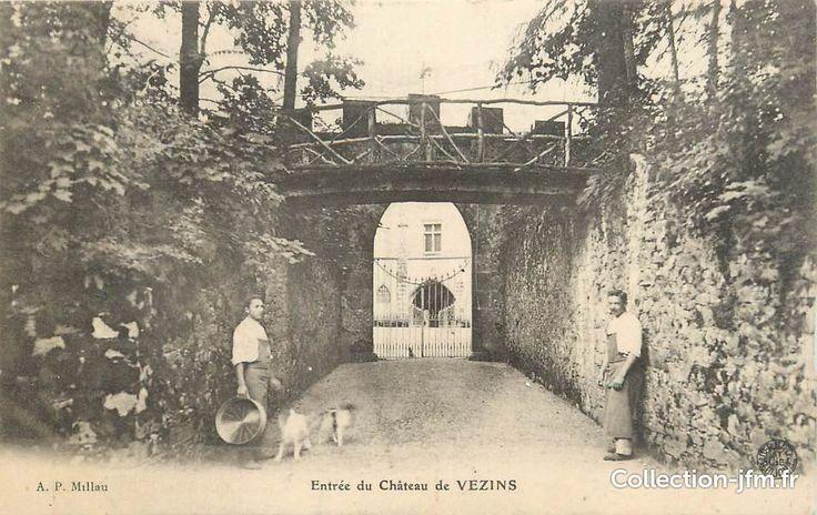 """.CPA FRANCE 12 """"Vezins, Entrée du château""""   12 aveyron : autres communes (12)…"""