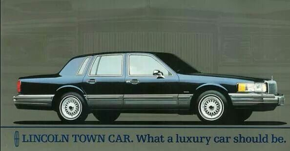 Lincoln Town Car! One of my personal favorites 1990-1997 next to the Cadillac Brougham & the Chevrolet Caprice.