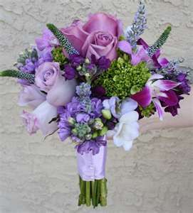 pretty colors, incorporating navy and lavender. Okay it's official. My wedding colors are going to be gray and lavender.