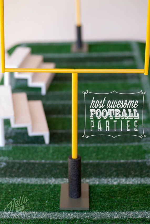 Check out these awesome Football Goal Posts, wouldn't they be perfect for a game night or Superbowl party? You could even re-use them year after year to decorate your snack table with!