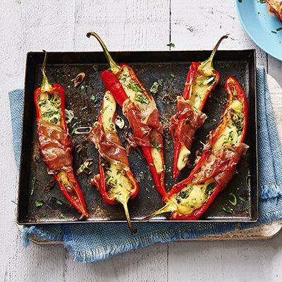 Geroosterde paprika's met kaas uit de oven. Hoofdgerecht, 4 personen